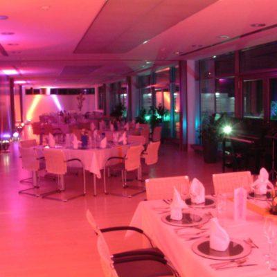 Licht Scheinwerfer Saal Event Veranstaltung Firmenfeier