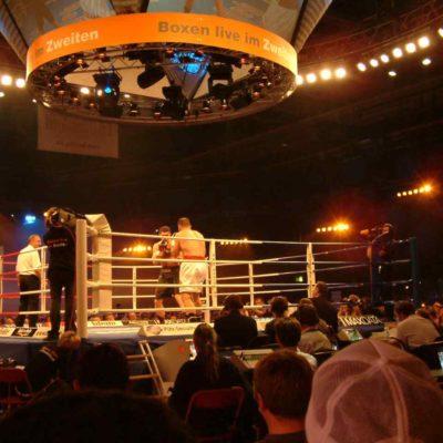 Traversen Lichttechnik Boxkampf