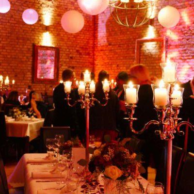 Lichtdesign Hochzeit gemütlich Stimmung Lichtstimmung Candlelight