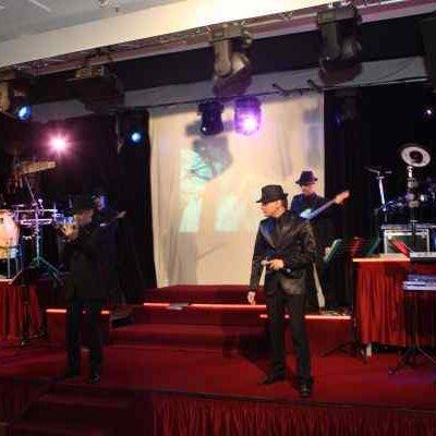 Bühnenbau Makkabi Ball Live Auftritt Musik